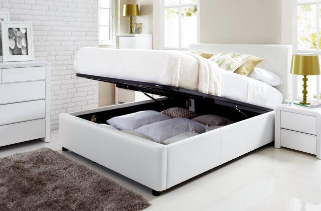 Se tem pouco espaço, coloca tudo dentro da cama