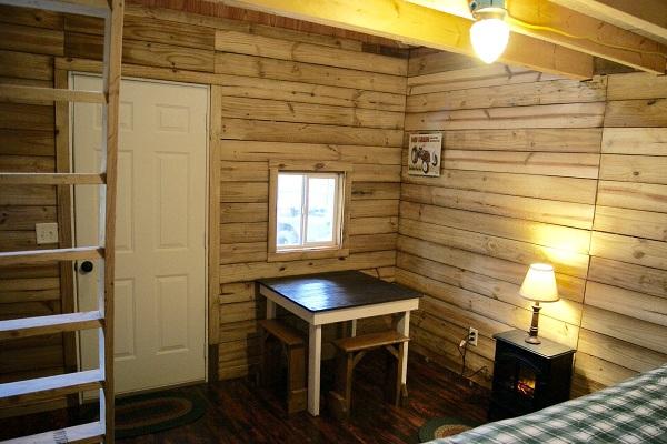Uma casinha custaram pouco menos de US $ 2.000