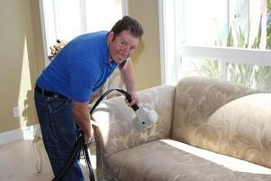 Como limpar o sofá e fazê-lo tornar como novo