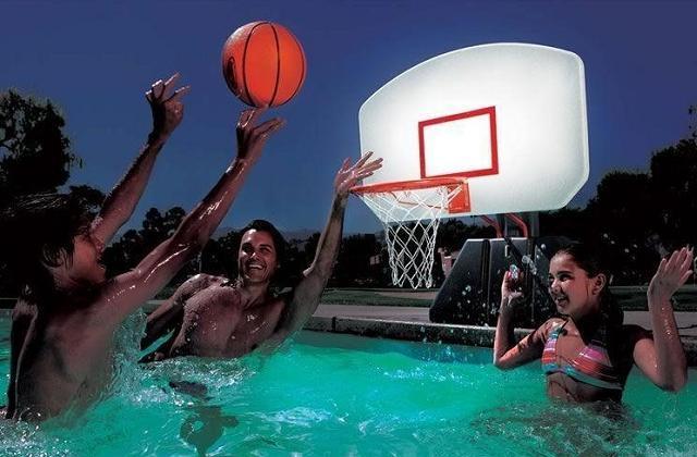 Tabela de mini basquete com luz para piscina