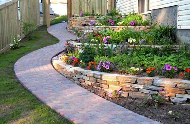Pisos de pedra natural para os jardins: qual escolher?