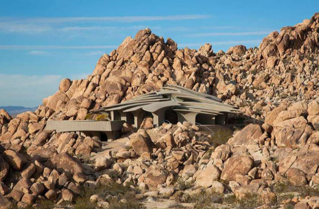 As casas mais bonitas do mundo na rochas