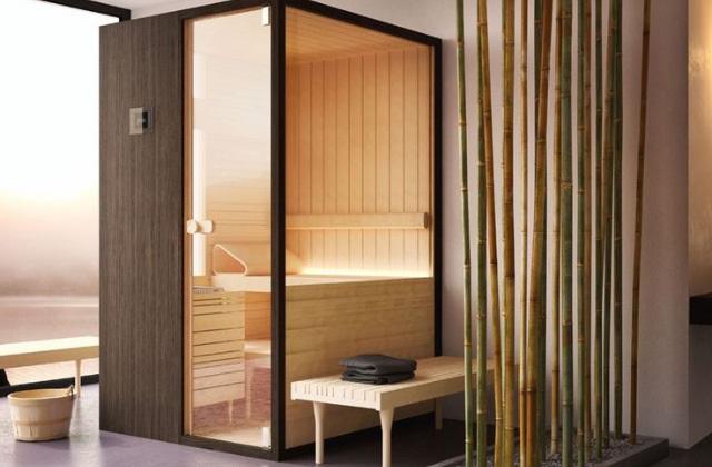 banheiro com ducha sauna e banho turco para um. Black Bedroom Furniture Sets. Home Design Ideas