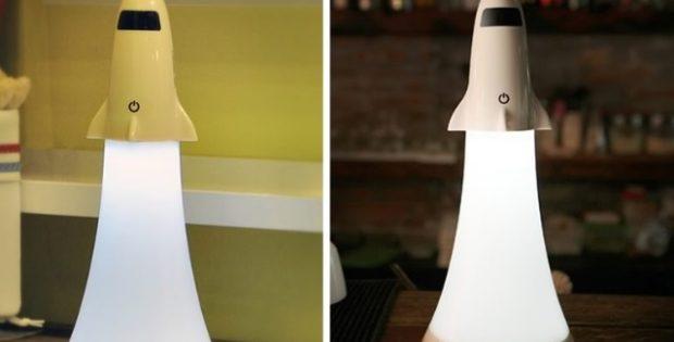 Shuttle: a luminária de mesa para os astronautas do futuro