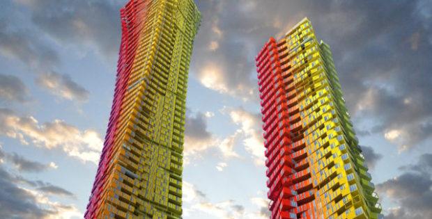 Coloridíssimos arranha-céus tipo contêiner em Mumbai para recuperar favelas pobres