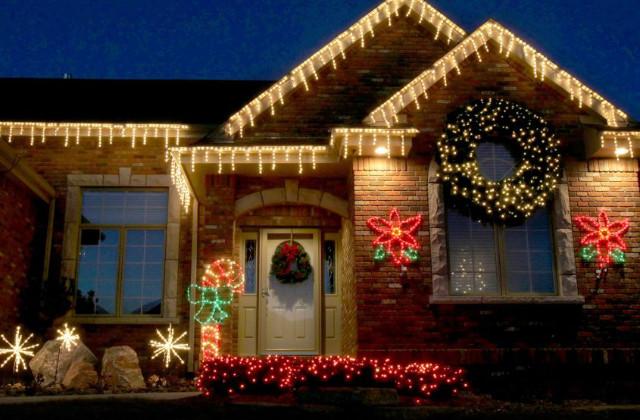 Natal: como decorar o exterior da casa