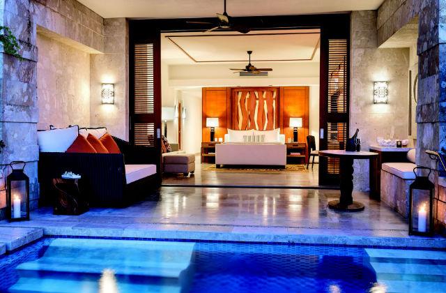 Quartos de luxo com piscina incluída