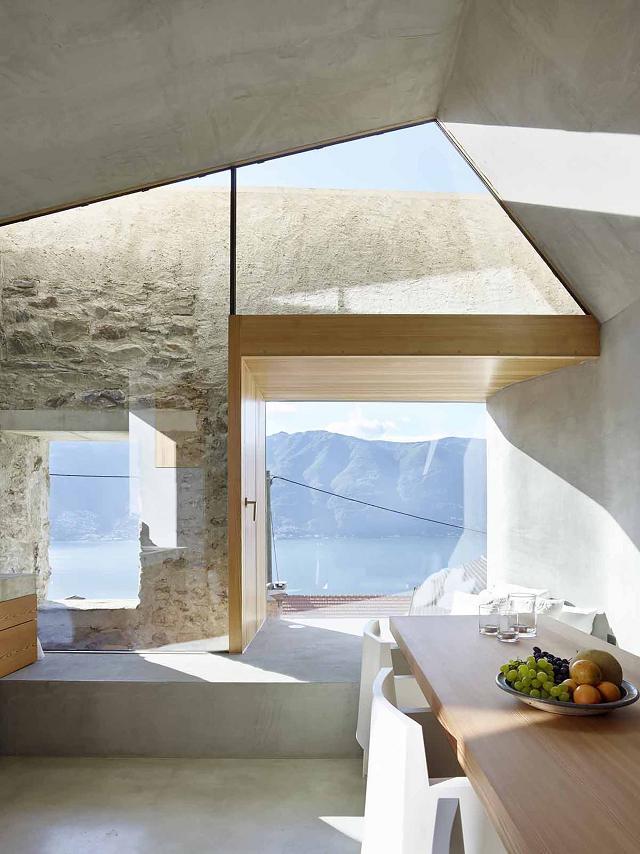 Uma casa com pedras mantendo sólidas suas origens