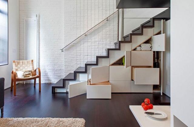 Em baixo da escada: Ideias para aproveitar espaço