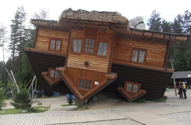 Down House, em Szymbark, Polónia