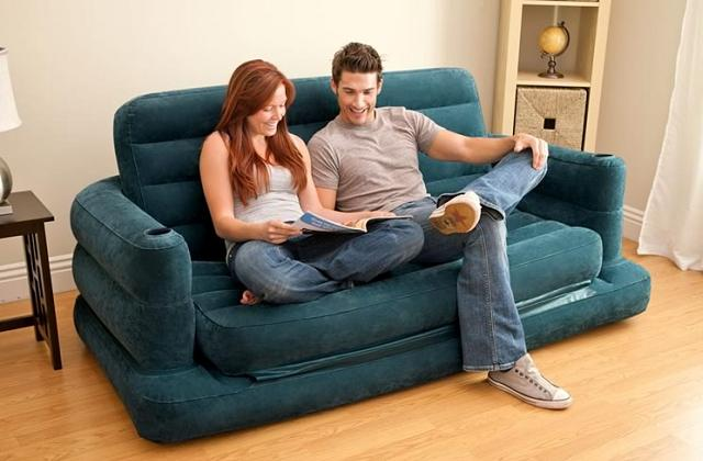 Sofá-cama inflável para o máximo conforto