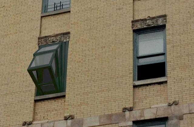 More Sky, a janela que se transforma em uma pequena varanda