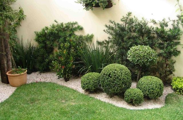 Não coloque muitos objetos no jardim