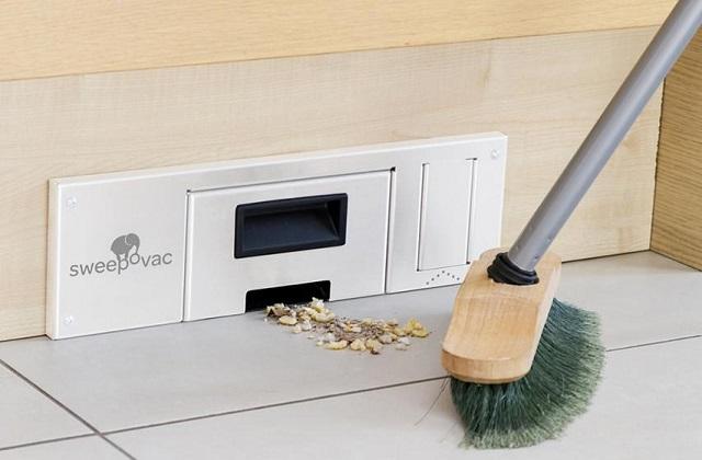 Como remover a poeira e a sujeira com o aspirador de parede