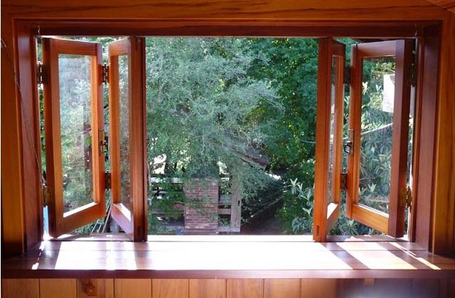 Escolher uma janela de madeira