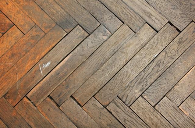 excluir o ranger dos pisos em parquet de madeira sem