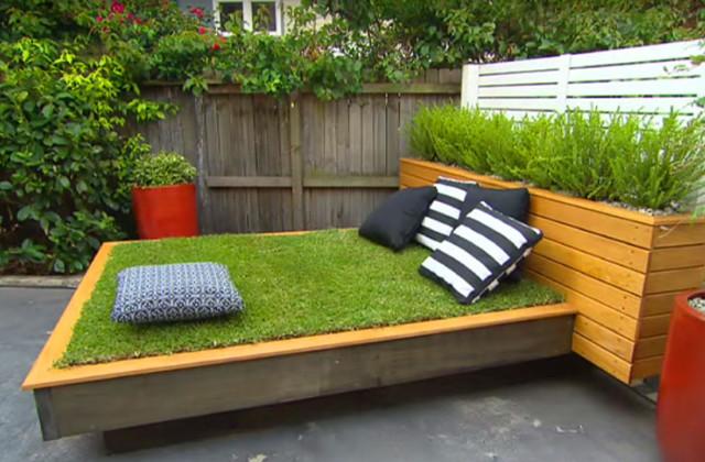 Faça você mesmo: Uma cama de grama construída em paletes