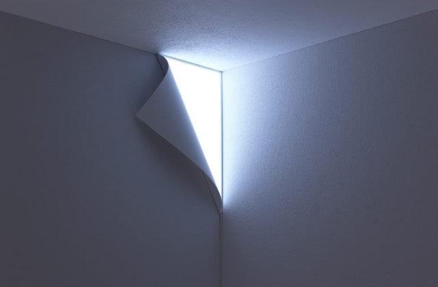 Peel wall light: A luz para a parede da sala