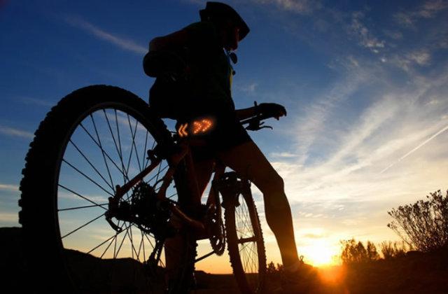 Signal Pod: Indicadores de direção luminosos para bicicletas