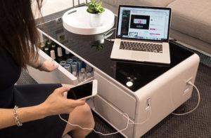 Sobro: Mesa multi uso que também serve para recarregar seu smartphone